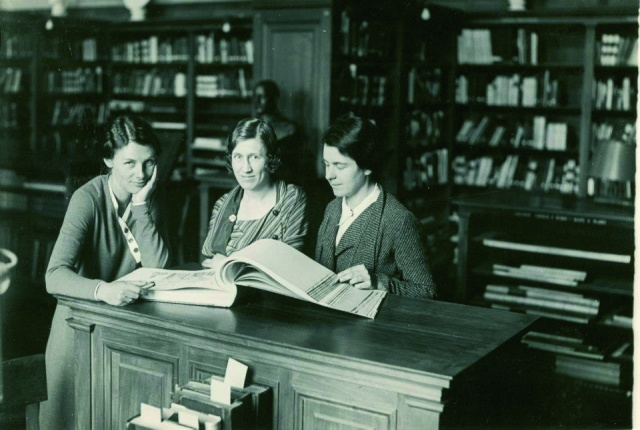 Library of the American Academy in Rome library patrons 1933